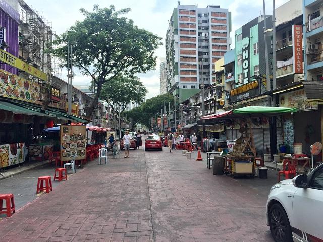 クアラルンプールで有名な屋台街、ジャランアロー( Jalan Alor)