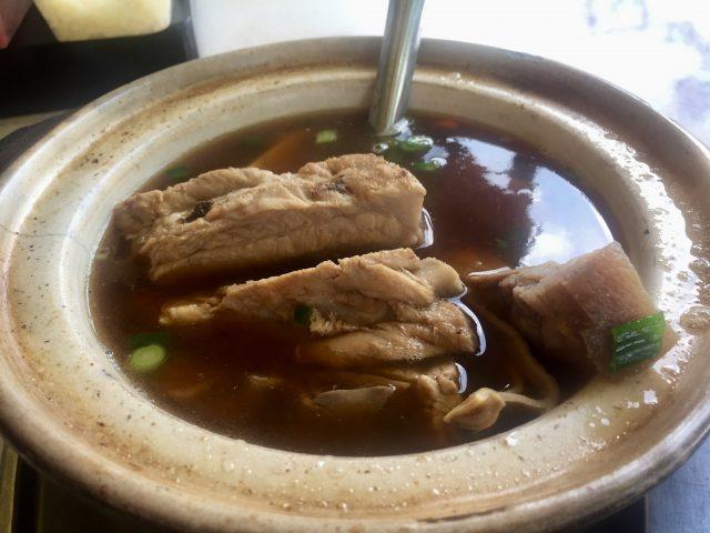 バクテーを食べにマレーシアの有名店新峰肉骨茶へ